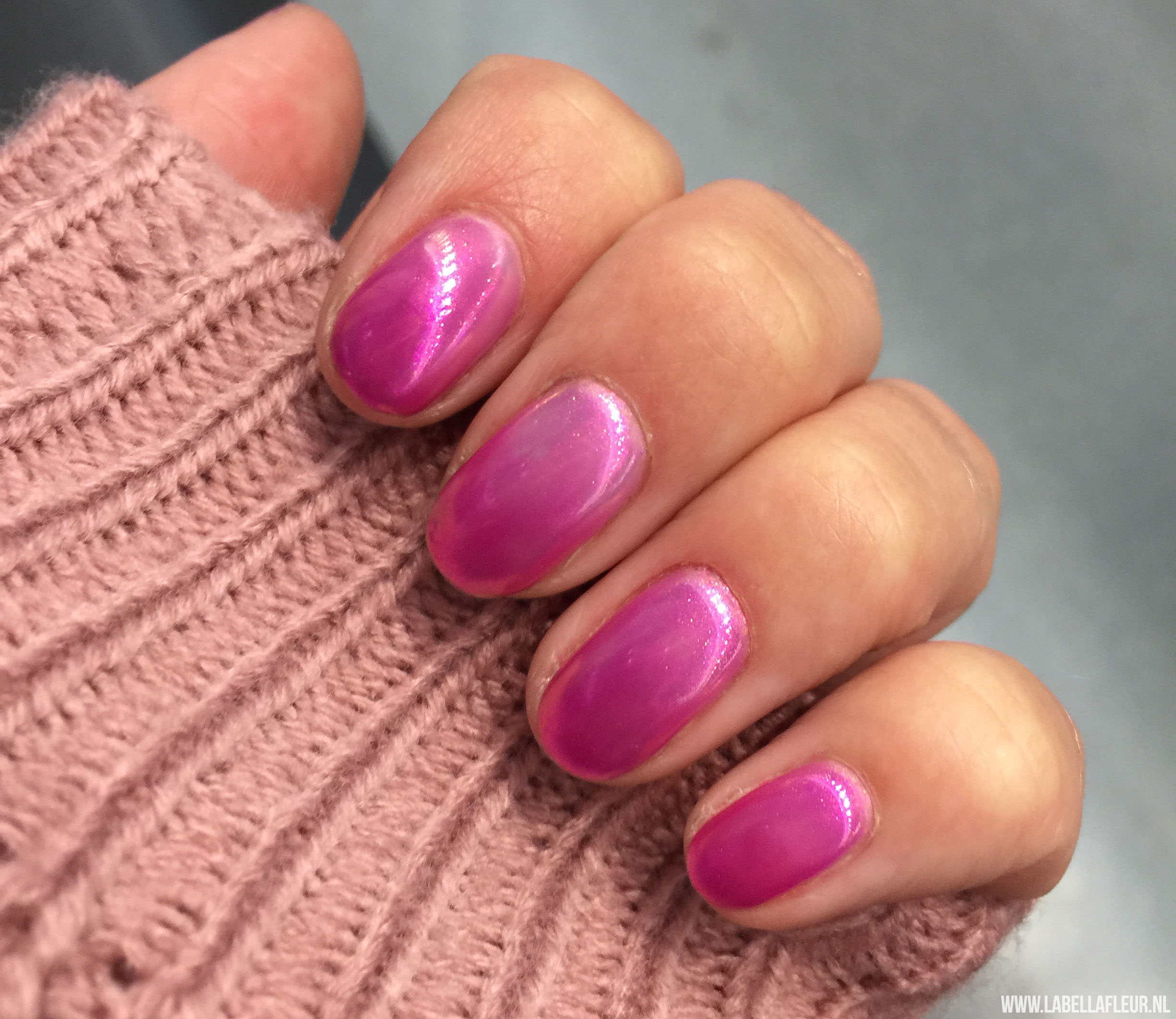 Nails, Semilac, Thermo, chrome nails, aurora pink