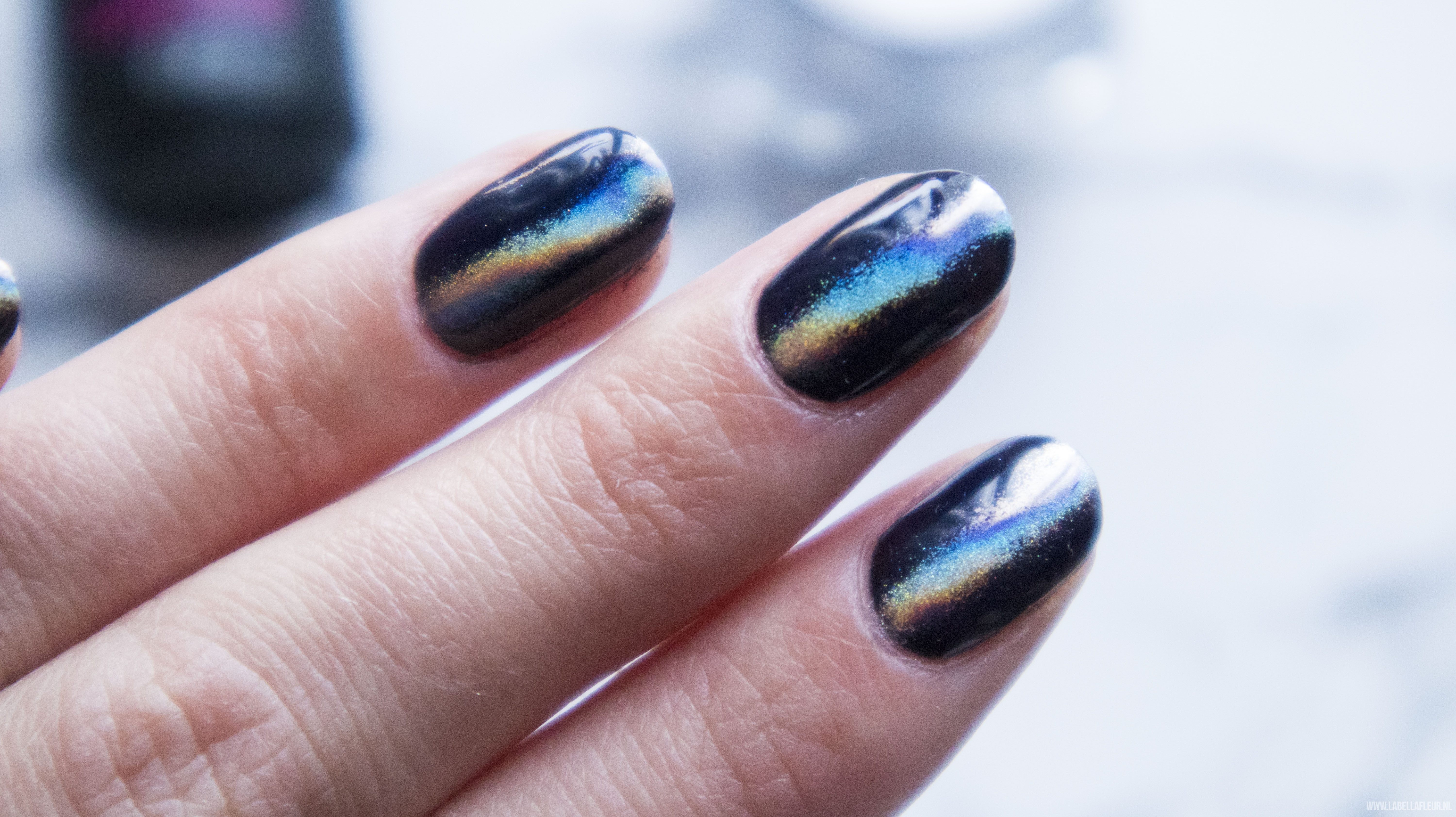 Nails, Quida, gelpolish, semi flash, holo instinct