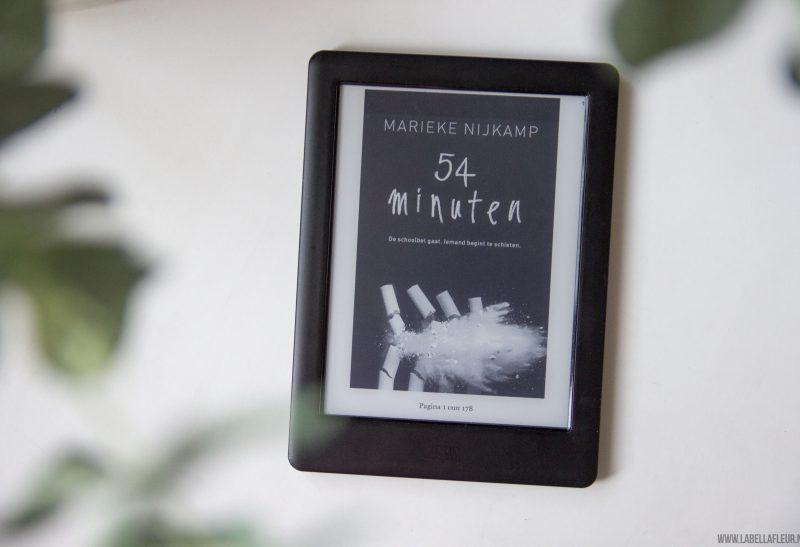 Boeken   Gelezen: 54 minuten – Marieke Nijkamp