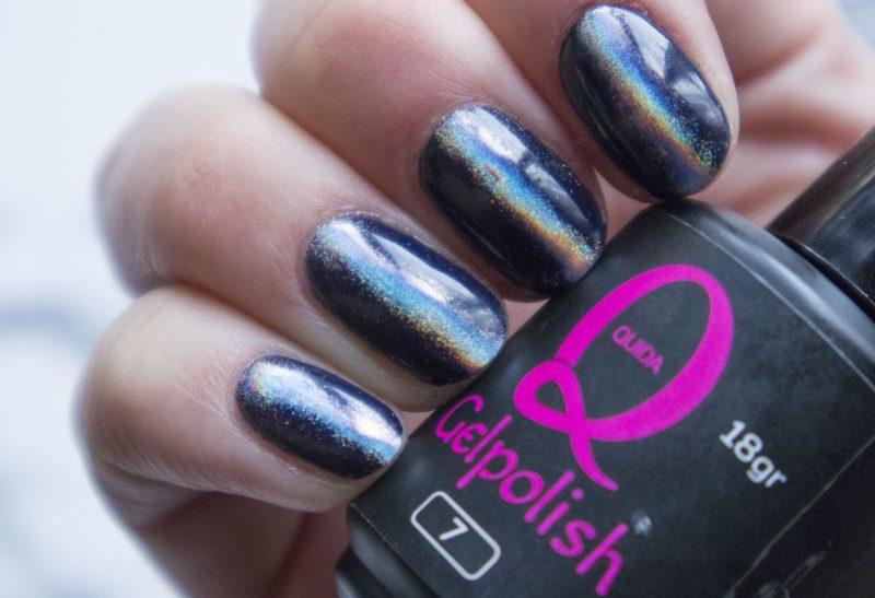 Nails | Nette zwarte nagels met een holo effect