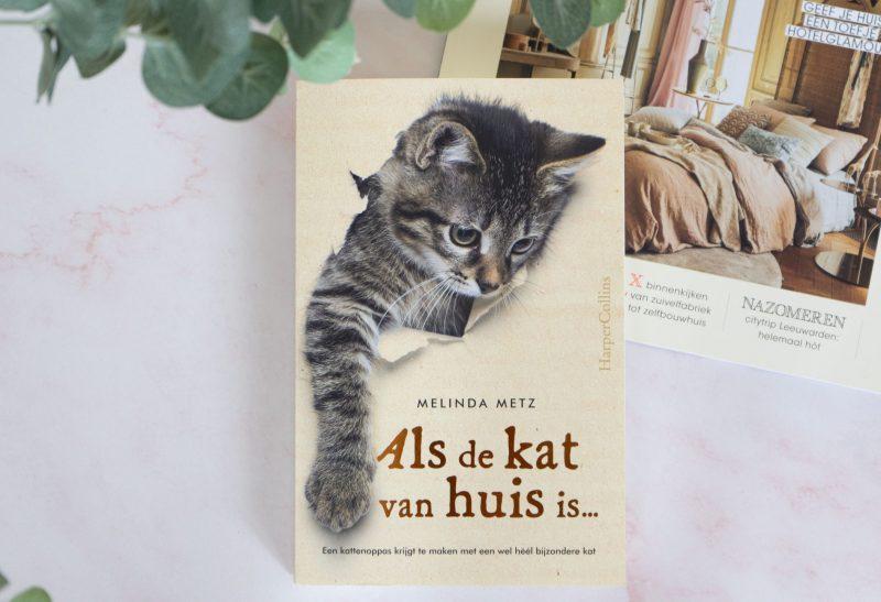 Boeken | Recensie: Als de kat van huis is… – Melinda Metz