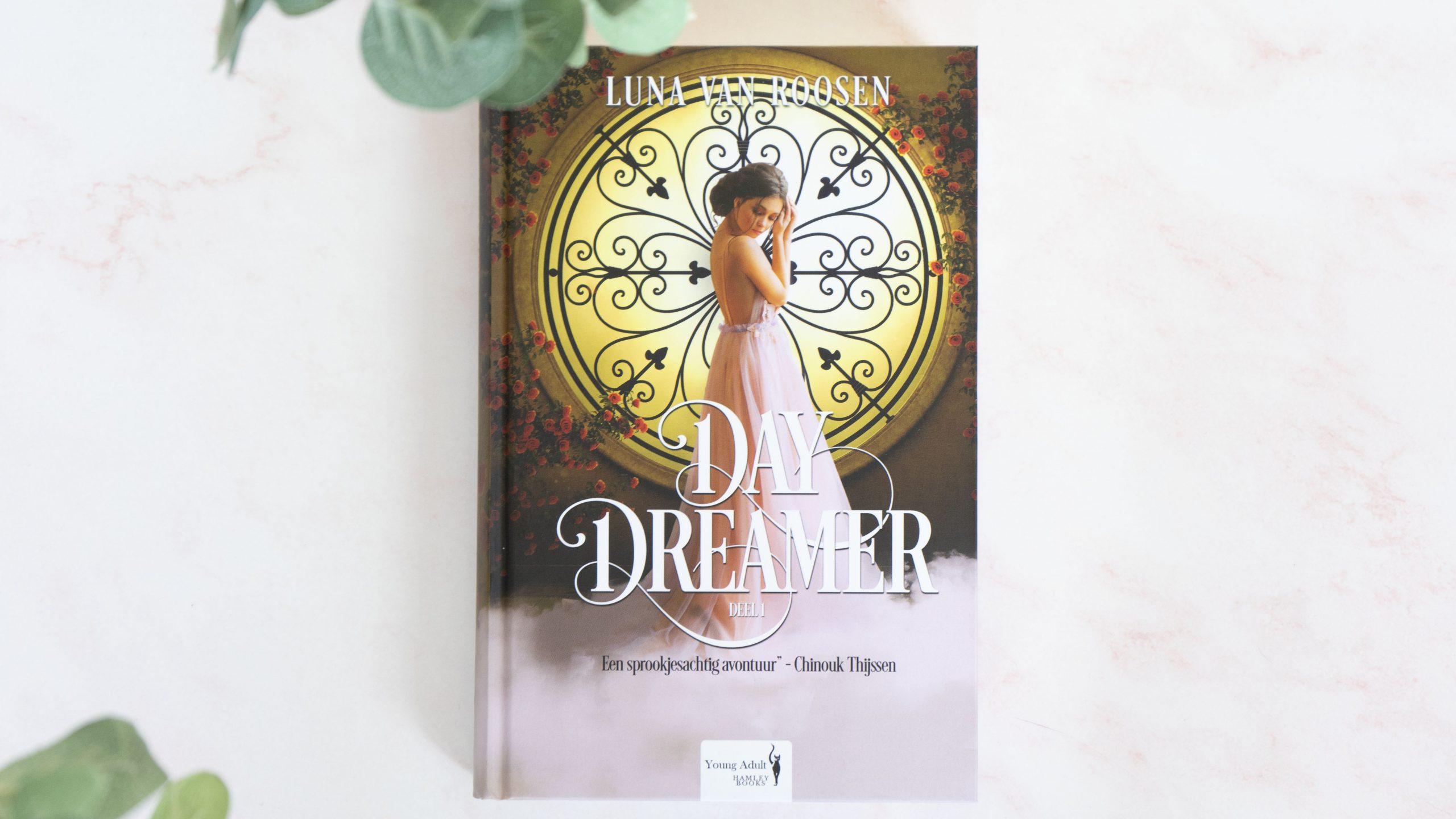day dreamer luna van roosen